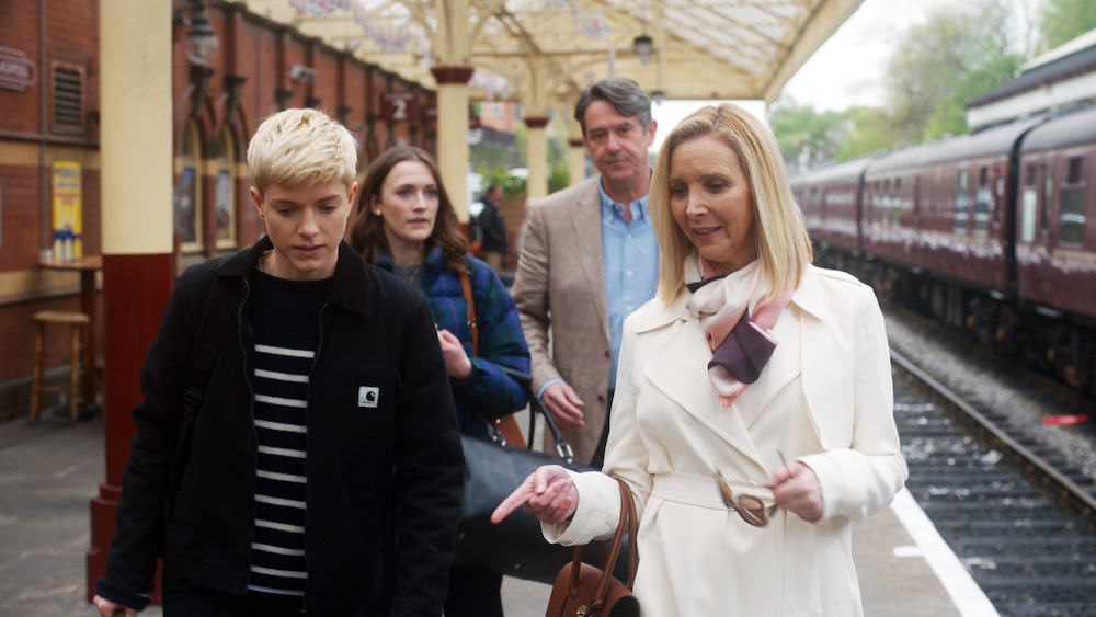 Mae Martin and Lisa Kudrow play daughter and mother in Feel Good