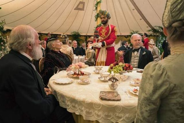 Judi Dench Speaks Urdu: Victoria and Abdul