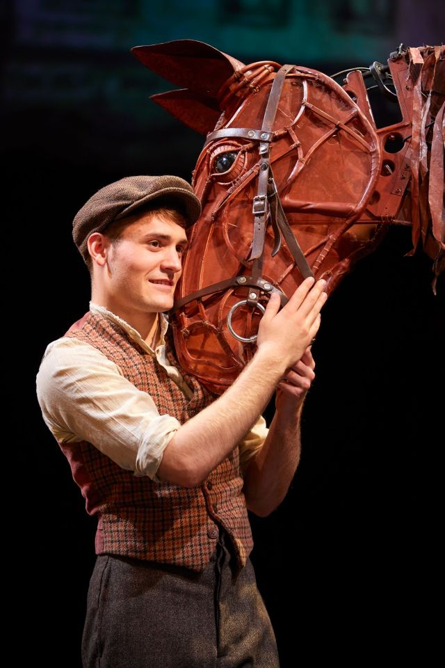 Thomas Dennis in 'War Horse'