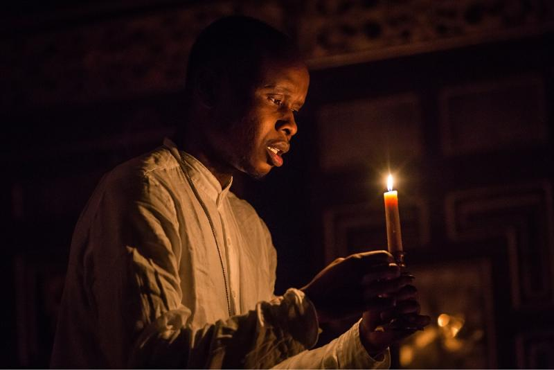Candlelit Othello at the Sam Wanamaker Playhouse is a strident mess